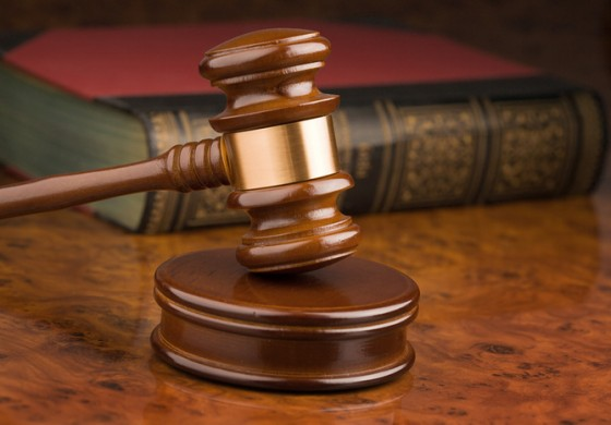 Barbados: Woman urinates in court