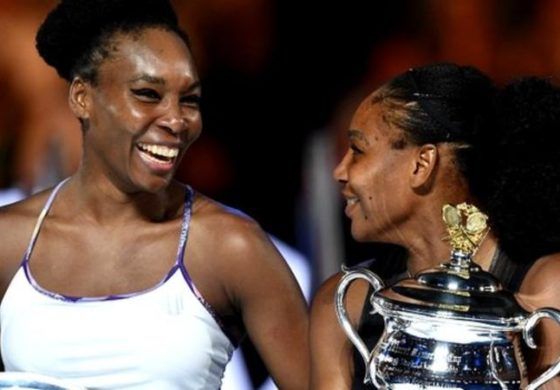 Serena beats Venus  to set Grand Slam record