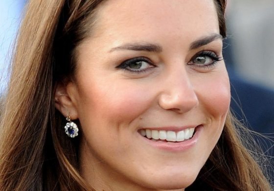 UK Royals seek $1.6 million over topless photos