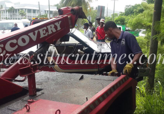 Early morning accident leaves one injured