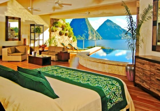 Jade Mountain enjoys front page status on CNN website