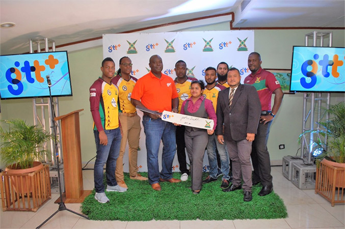 Guyana Amazon Warriors (from left) Shimron Hetmyer, Steven Jacobs, Keon Joseph, Veerasammy Permaul and Assad Fudadin along with GTT CEO Justin Nedd (3rd from left), Ashminie Jailall (centre), GAW Assistan