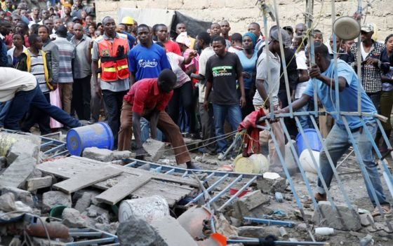 Nairobi building collapse: People missing as residents join search