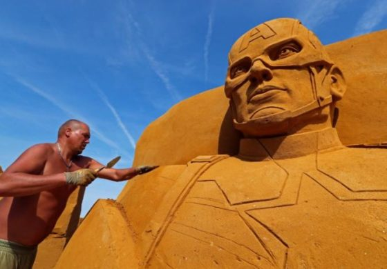 Sand sculpture festival brings super-heroes to Belgian beach