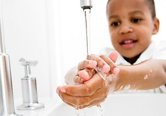 Washing hands in cold water 'as good as hot'