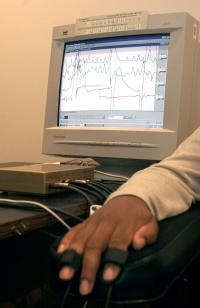 Antigua: Lie detector tests urged for all cops