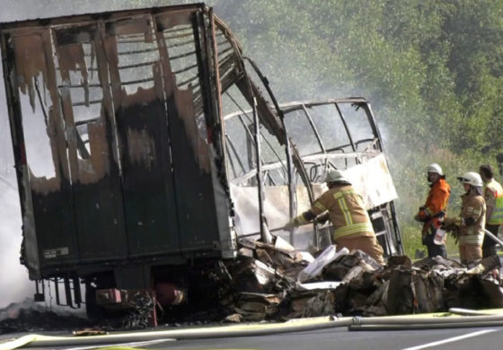 Germany: 18 dead as tour bus goes up in flames