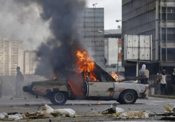 Venezuela strike erupts into violence leaving 2 dead