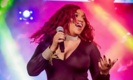 Destra Garcia breaks ankle during performance