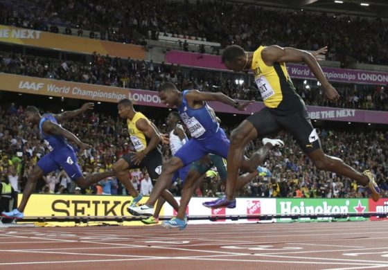 Gatlin spoils Bolt's farewell in 100 with remarkable gold