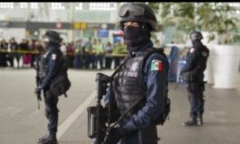 2 dead as Mexico City bandits fight over right to rob bus