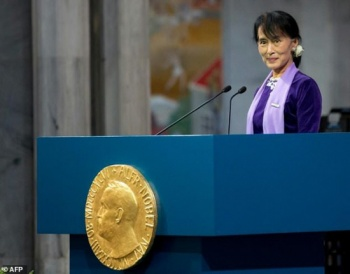 Global rep in shreds, but Suu Kyi still the star in Myanmar
