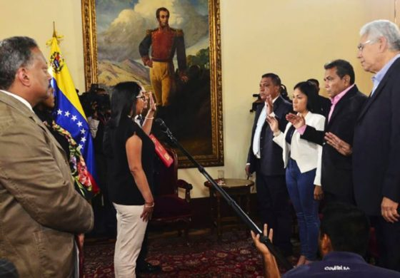 Venezuelan governors bow to assembly they call illegitimate