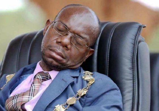 Zambians mock mayor for sleeping in public