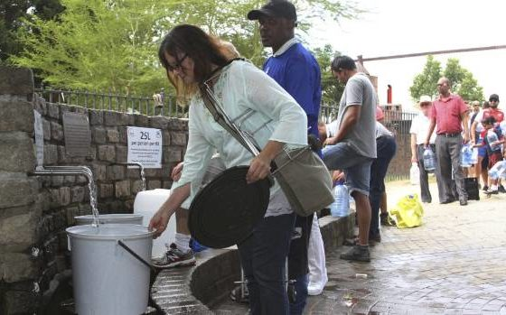 South African charity to stockpile water for dry Cape Town