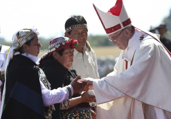 Pope wraps up Chile stop with visit to migrants, on to Peru