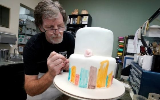 Judge sides with baker in 'gay cake' row