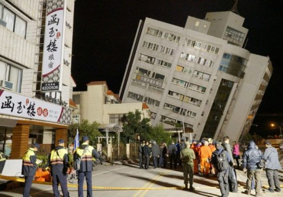Taiwan quake kills 4, tilts buildings; over 140 missing