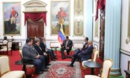 Venezuelan Executive Meets with Members of the Opposition