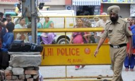 India: Ten found hanged from ceiling