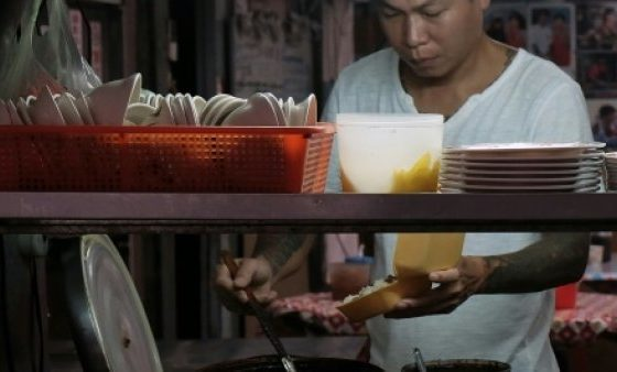 Taiwan ex-gangster turns noodle chef
